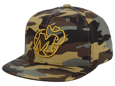 Dallas Mavericks Mitchell & Ness NBA Camo Neon Snapback Cap