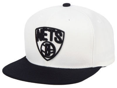 Brooklyn Nets Mitchell & Ness NBA Con Neon Snapback Cap