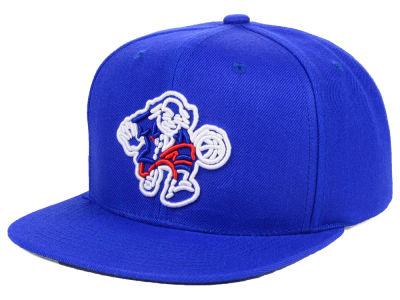 9695863bb58 Philadelphia 76ers Mitchell   Ness NBA Team Color Neon Snapback Cap