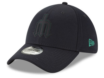 Seattle Mariners New Era 2019 MLB Clubhouse 39THIRTY Cap 43f453af4e4