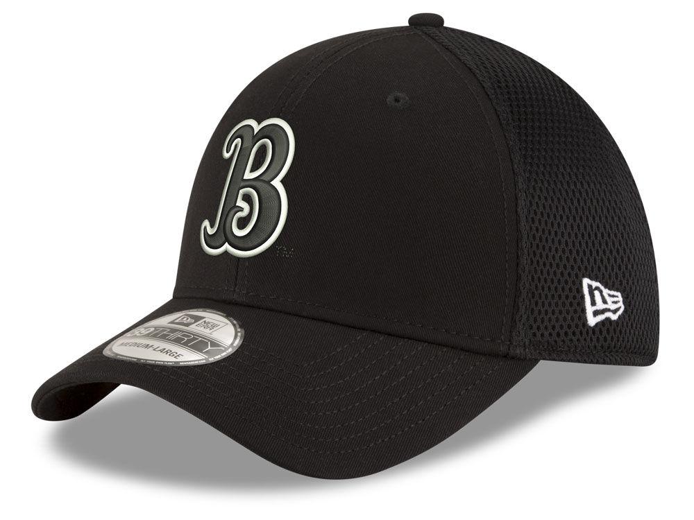 UCLA Bruins New Era NCAA Black White Neo 39THIRTY Cap  7e43691cf86c