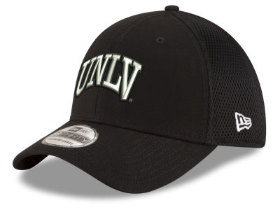 UNLV Runnin Rebels New Era NCAA Black White Neo 39THIRTY Cap