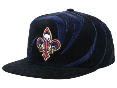 New Orleans Pelicans Mitchell & Ness NBA Hurricane Snapback Cap