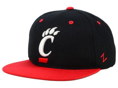 bf0355aadbc Cincinnati Bearcats Zephyr NCAA Core Snapback Cap