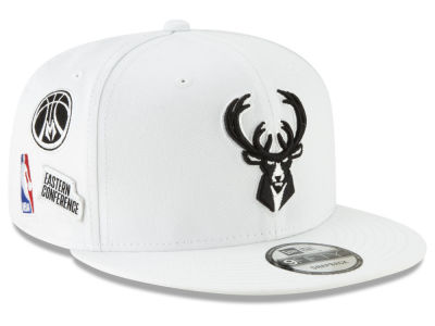 Milwaukee Bucks New Era NBA Night Sky 9FIFTY Snapback Cap