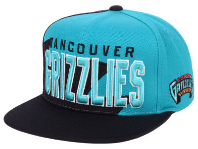 Vancouver Grizzlies Mitchell & Ness NBA Sharkstooth Hook Snapback Cap