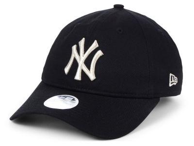 New York Yankees New Era MLB Women s Foil Script Hook 9TWENTY Cap e3d206831a9