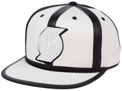 lowest price 8c067 240c1 ... top quality portland trail blazers mitchell ness nba white toon snapback  cap d7b73 0ab1f