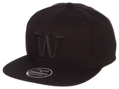 Washington Huskies Zephyr NCAA Black on Black Snapback Cap 34ffa763750