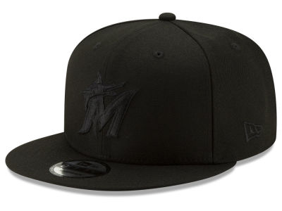 Miami Marlins New Era MLB Black on Black 9FIFTY Snapback Cap